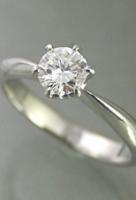 プロポーズに最適☆ダイヤの指輪