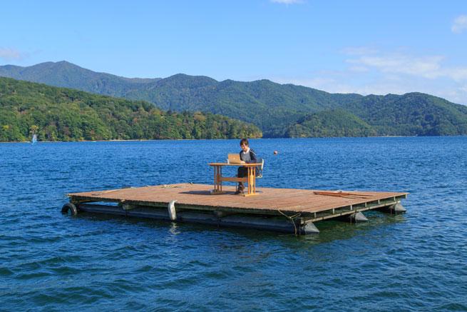 長野の湖畔から「新しい働き方」に挑戦したいWebデザイナー募集!