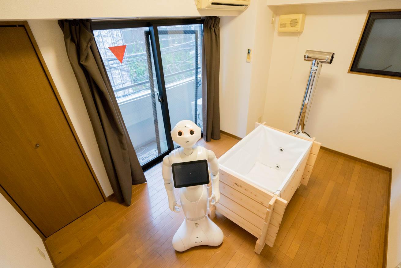 210280部下の部屋がダサ過ぎるので、いっそ風呂場にしてみました。のアイキャッチ