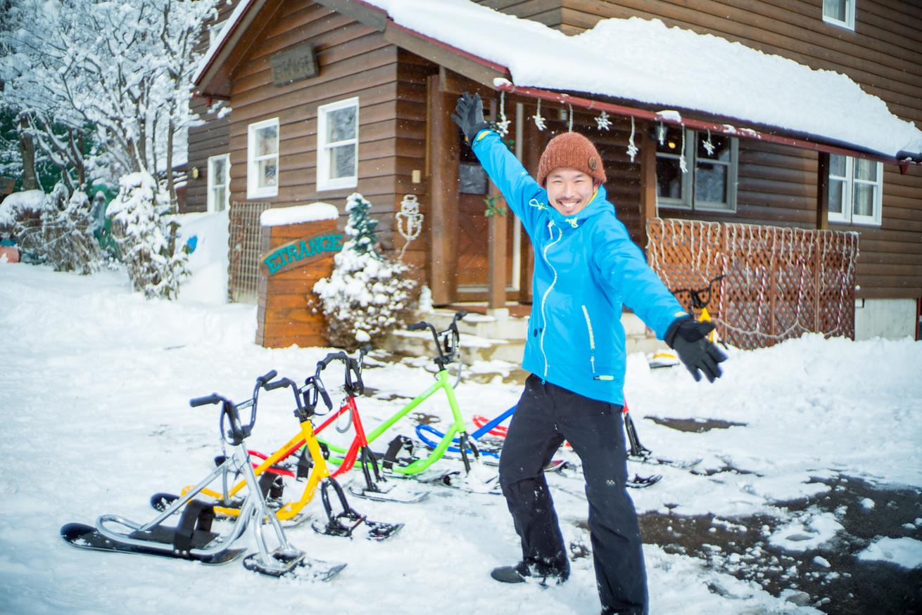 パウダースノーを満喫!この冬、話題のスノースクートを体験!