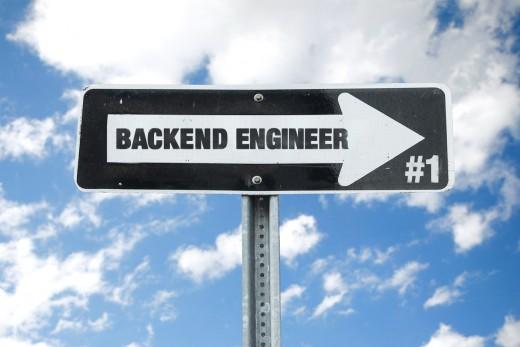バックエンドエンジニアによるプログラミング連載をスタートします。のアイキャッチ