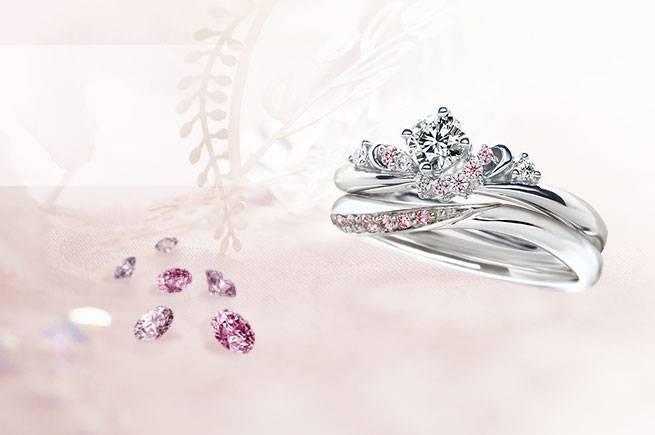 ピンクダイヤの婚約指輪・結婚指輪が「幸せ」を運んでくれる。知っておきたい選び方。